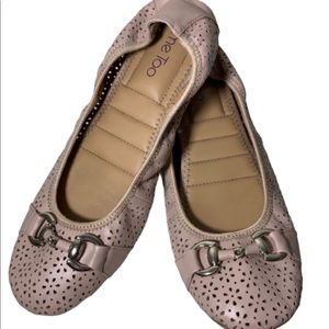 Me Too Lila blush laser cut out ballet flats 9.5